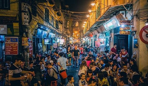 Địa điểm du lịch nổi tiếng ở Hà Nội: Phượt Hà Nội nên đi đâu vào buổi tối?