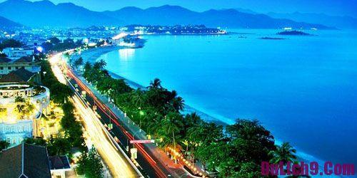 Kinh nghiệm du lịch Nha Trang [y]: Thời điểm đẹp, lịch trình, ăn hải sản, tắm biển, mua sắm