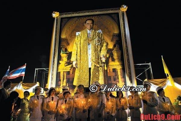 Người Thái Lan rất tôn trọng Hoàng Gia