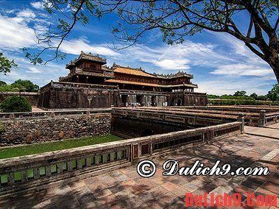 Du lịch Huế - chùa nổi tiếng