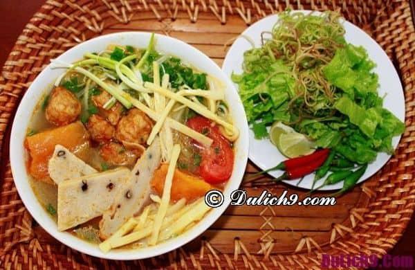 Món ăn ngon khi du lịch Đà Nẵng - Kinh nghiệm du lịch Đà Nẵng chi tiết. Đặc sản nổi tiếng ở Đà Nẵng