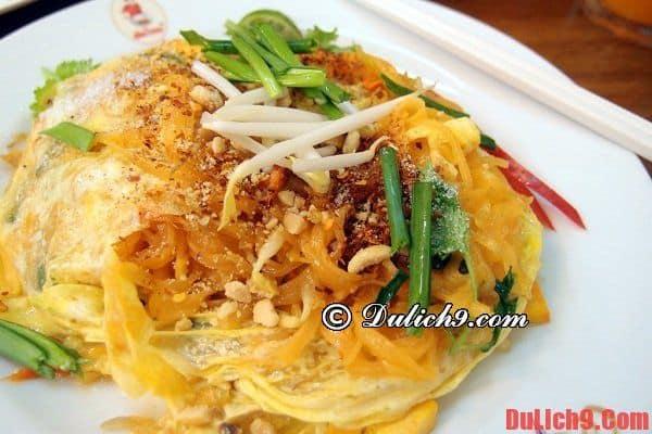 Pad Thái (Bún xào hay Phở xào kiểu Thái) – Món ăn ngon ẩm thực Thái Lan - Du lịch Thái Lan nên ăn gì? Món ăn ngon, nổi tiếng ở Thái Lan