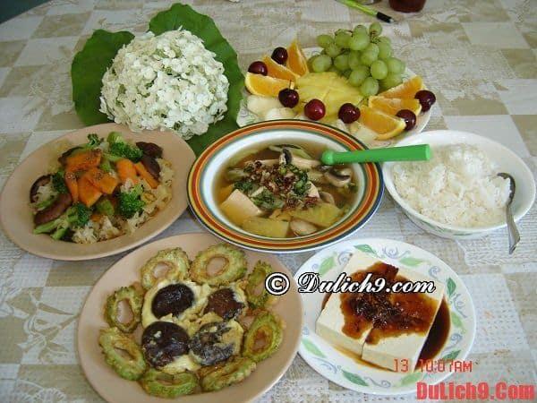 Một số món ăn không nên bỏ qua khi du lịch Huế: Huế có đặc sản gì ngon?