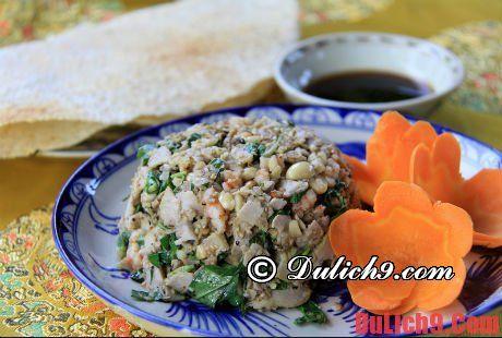 Vả trộn Huế - món ăn đặc trưng ở Huế