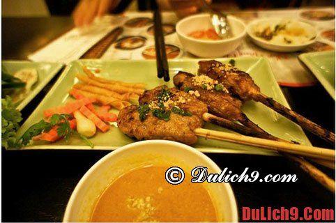 Những món ăn đặc sản ở Huế