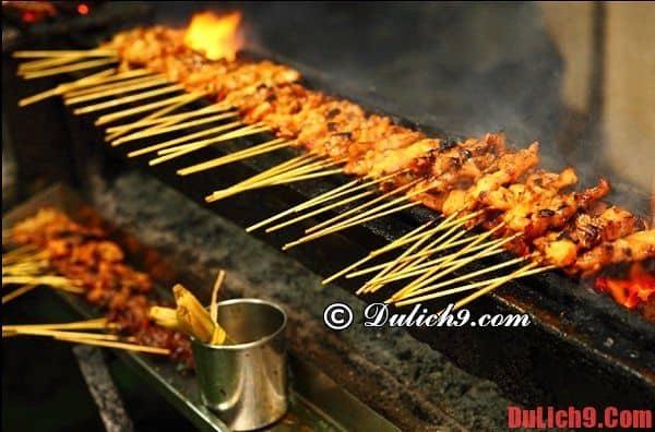 Satay: Món ăn đường phố không thể bỏ qua ở Singapore
