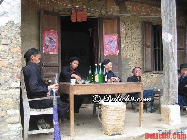 Đặc sản nổi tiếng Hà Giang: rượu ngô