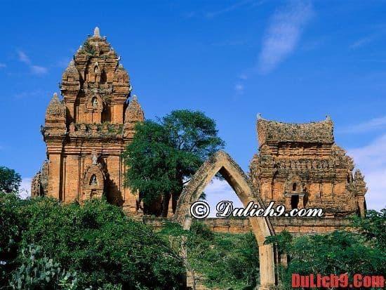 Những địa danh nổi tiếng ở Mũi Né  - Tháp Chàm Poshanư