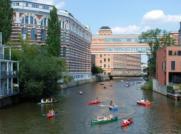 Danh lam thắng cảnh đẹp, nổi tiếng ở Đức: Địa điểm vui chơi, giải trí hấp dẫn ở Đức