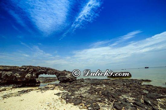 Địa điểm tham quan nổi tiếng/ Đi đâu, chơi gì ở đảo Lý Sơn? Kinh nghiệm phượt đảo Lý Sơn