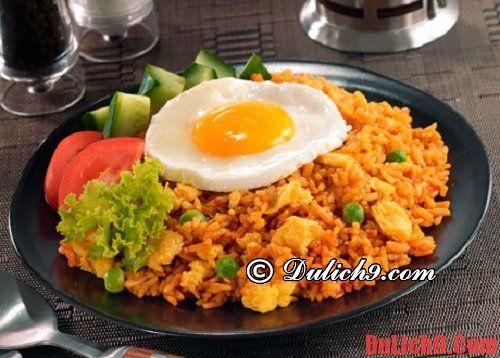 Du lịch Bali tự túc và nếm thử cơm chiên Nasi goreng