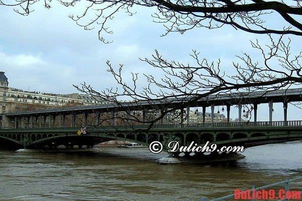 Hướng dẫn du lịch Paris 1 ngày
