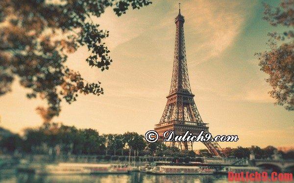Chặng 3: Tháp Eiffel - cầu Bir Hakeim - tháp Montparnasse