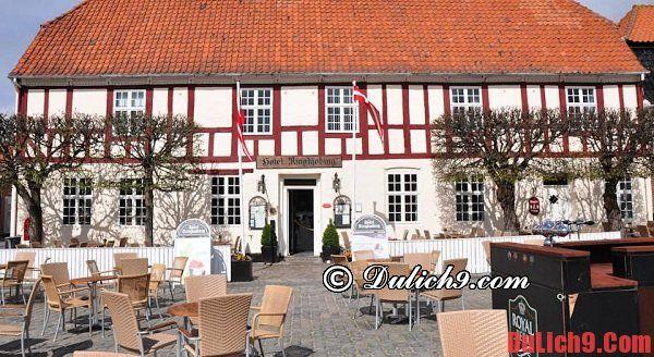 Hướng dẫn đặt phòng khách sạn giá rẻ và chất lượng khi du lịch Đan Mạch tự túc ăn ở, đi lại