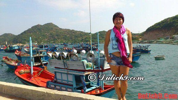 Thuê tàu từ Cảng Cái Rồng đi đảo Quan Lạn - Kinh nghiệm du lịch đảo Quan Lạn