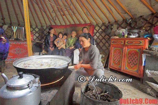 Dịch vụ ăn uống ở Mông Cổ