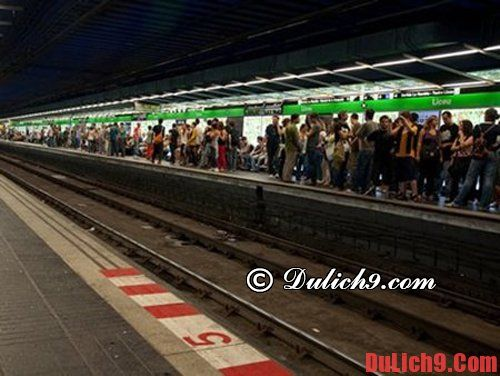 Kinh nghiệm du lịch Barcelona an toàn