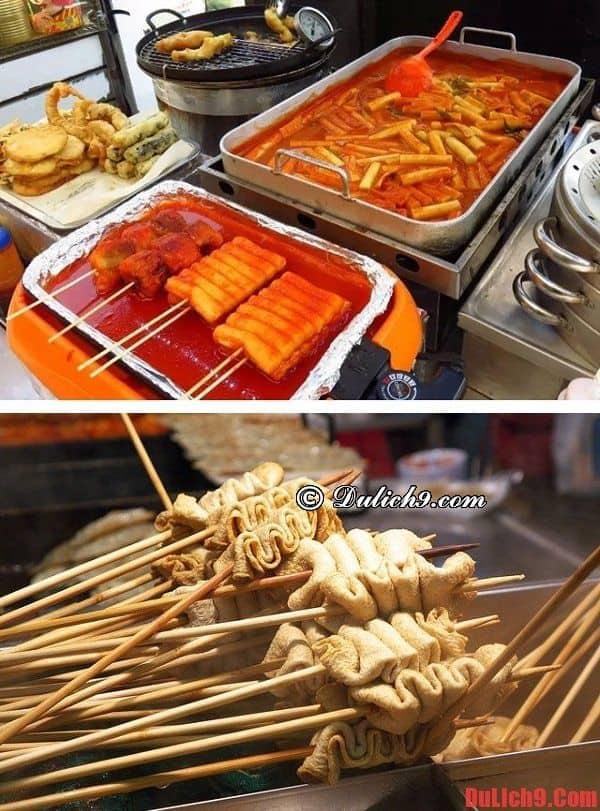 Bánh gạo cay Tteokbokki và chả cá xiên Eomuk - Món ăn vặt đường phố phổ biến và nổi tiếng nhất Hàn Quốc