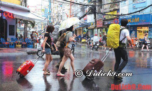 Hướng dẫn du lịch ngày mưa thuận lợi