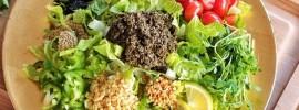 Salad - Món ngon phổ biến đặc trưng của ẩm thực Myanmar không thể không thưởng thức khi du lịch Myanmar