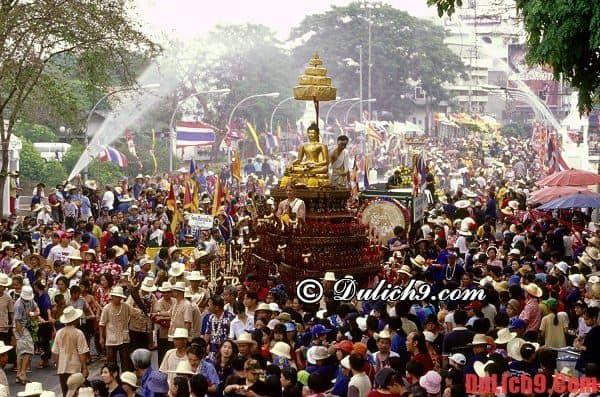 Hướng dẫn, kinh nghiệm du lịch Thái Lan dự lễ hội té nước dịp giỗ Tổ Hùng Vương