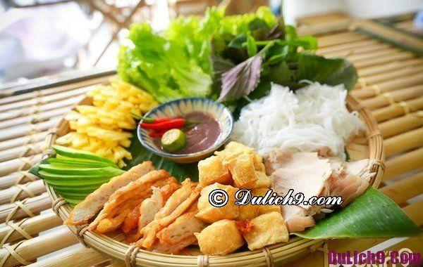 Quán bún đậu nổi tiếng ở Hà Nội