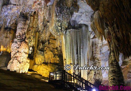 Địa điểm tham quan ngắm cảnh độc đáo ở Quảng Bình: Du lịch Quảng Bình đi đâu chơi?