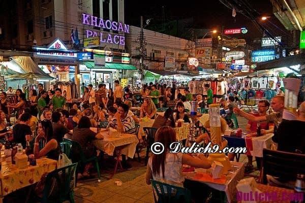 Mua sắm ở chợ đêm Bangkok: Các khu chợ hoạt động về đêm ở Bangkok
