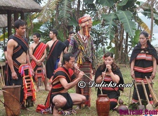 Lễ hội đặc sắc ở Tây Nguyên được tổ chức ở đâu, khi nào? Thời gian và địa điểm diễn ra lễ hội truyền thống các dân tộc Tây Nguyên