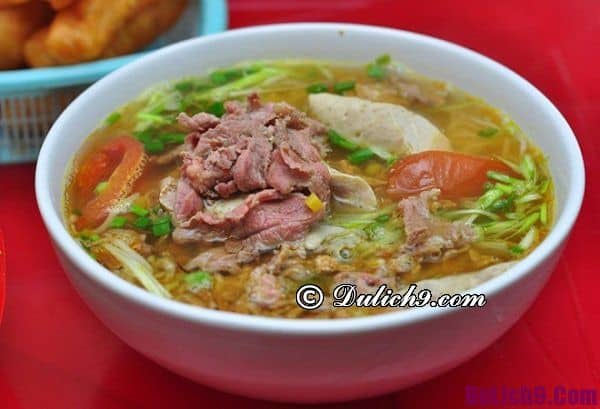 Bún riêu phố Quang Trung ngon nức tiếng Hà Nội: Địa chỉ các quán bún riêu cua thơm ngon giá rẻ ở Hà Nội