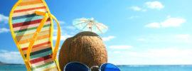 Đi du lịch biển cần chuẩn bị những gì về trang phục, ăn uống?