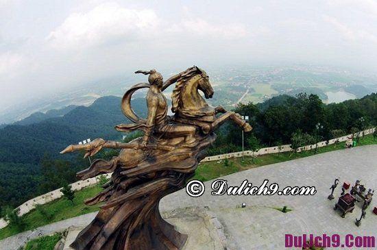 Địa điểm vui chơi, tham quan dịp tết âm lịch ở Hà Nội: Nghỉ tết âm lịch nên đi chơi ở đâu?
