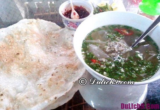 Món ăn ngon đặc sản nổi tiếng ở Quảng Ngãi: Ăn gì khi đi du lịch Quảng Ngãi ngon, bổ, rẻ
