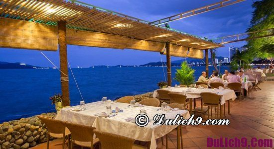 Nhà hàng hải sản ven biển Nha Trang ngon, view đẹp: Nha Trang có quán hải sản nào ngon, giá bình dân?