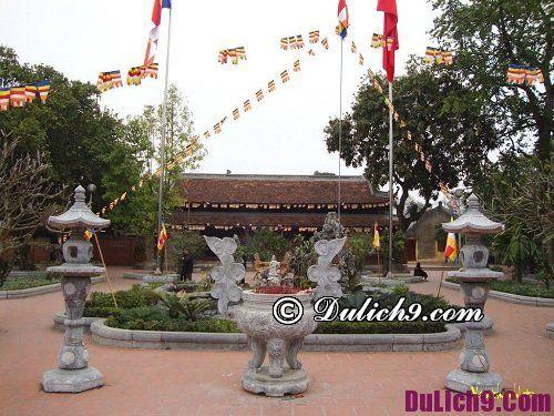 Địa điểm cầu phúc dịp tết âm lịch nổi tiếng ở Hà Nội