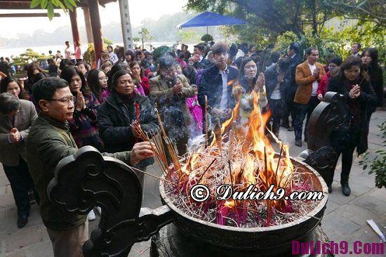 Những ngôi đền, chùa nổi tiếng nên tới lễ phật, cầu may mắn ở Hà Nội