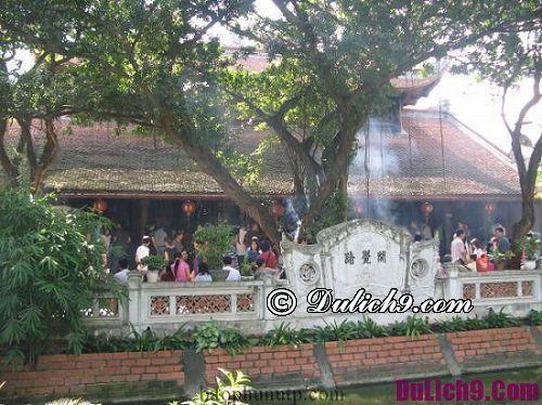 Những ngôi chùa cầu tình duyên ở Hà Nội dịp Tết