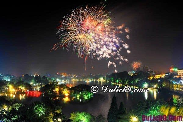Bờ Hồ Hoàn Kiếm - nơi lý tưởng đón giao thừa ở Hà Nội, Địa điểm xem bắn pháo hoa đẹp nhất Hà Nội