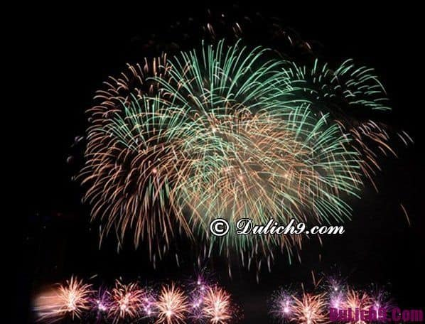 Đón giao thừa ở Cầu Long Biên: Xem bắt pháo hoa ở đâu Hà Nội đẹp?