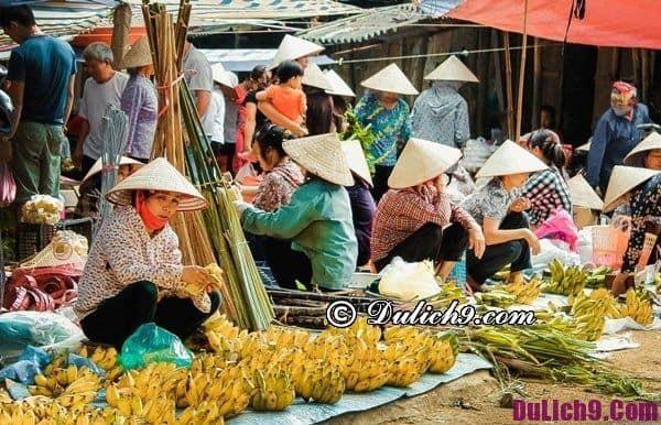 Nét độc đáo trong phiên chợ cuối năm ở Hà Nội: Hà Nội có những địa điểm mua sắm tết nào nổi tiếng?
