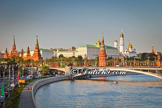 Kinh nghiệm du lịch Ukraina tự túc, giá rẻ: Tư vấn lịch trình tham quan, vui chơi khi du lịch Ukraina