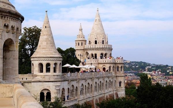 Đi đâu, chơi gì khi du lịch Budapest? Trải nghiệm thú vị ở Budapest: Hướng dẫn tour du lịch Budapest tự túc, giá rẻ
