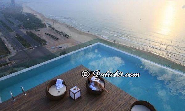 Có nên ở qua đêm tại Bà Nà, ở trung tâm Đà Nẵng khách sạn nào có bể bơi?