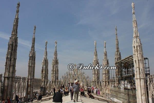 Hướng dẫn lịch trình tham quan, vui chơi, ăn uống khi du lịch Milan: Kinh nghiệm du lịch Milan tự túc, giá rẻ