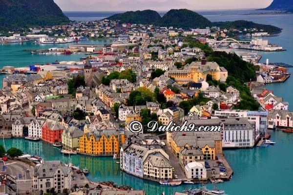 Kinh nghiệm tham quan, vui chơi khi du lịch Na Uy: Lịch trình du lịchPhần Lan - Thụy Điển - Na Uy - Đan Mạch 11 ngày 10 đêm