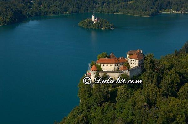 Kinh nghiệm du lịch Slovenia tự túc, giá rẻ: Hướng dẫn lịch trình tham quan, vui chơi, ăn uống khi du lịch Slovenia