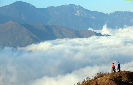 Kinh nghiệm du lịch bụi Lào Cai tự túc, giá rẻ: Hướng dẫn lịch trình tham quan, vui chơi, ăn uống khi đi phượt Lào Cai