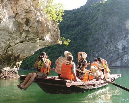 Nên du lịch Quảng Ninh vào thời gian nào? Thời điểm lí tưởng đi Quảng Ninh