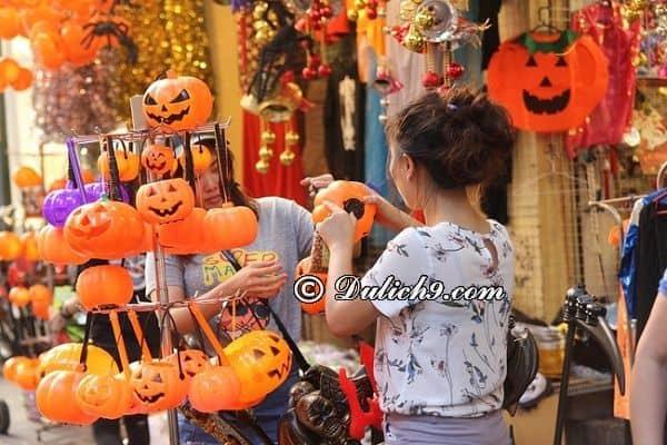 Phố Hàng Mã - điểm vui chơi Halloween hấp dẫn giới trẻ ở Hà Nội: Halloween đi đâu chơi ở Hà Nội thú vị, hấp dẫn nhất?