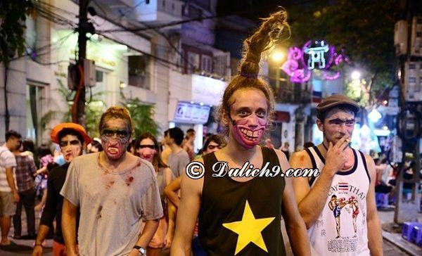 Đi đâu chơi ngày Halloween ở Hà Nội - Phố đi bộ Hồ Gươm